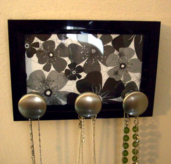 Make a Necklace Holder » Dollar Store Crafts