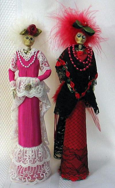 Make La Catrina Skeleton Dolls with Dollar Store Stuff » Dollar