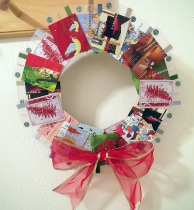 Make A Gift Card Wreath Dollar Store Crafts