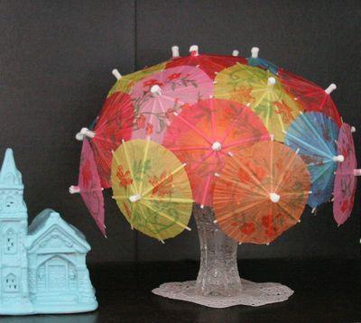 Make A Cocktail Umbrella Lamp 187 Dollar Store Crafts
