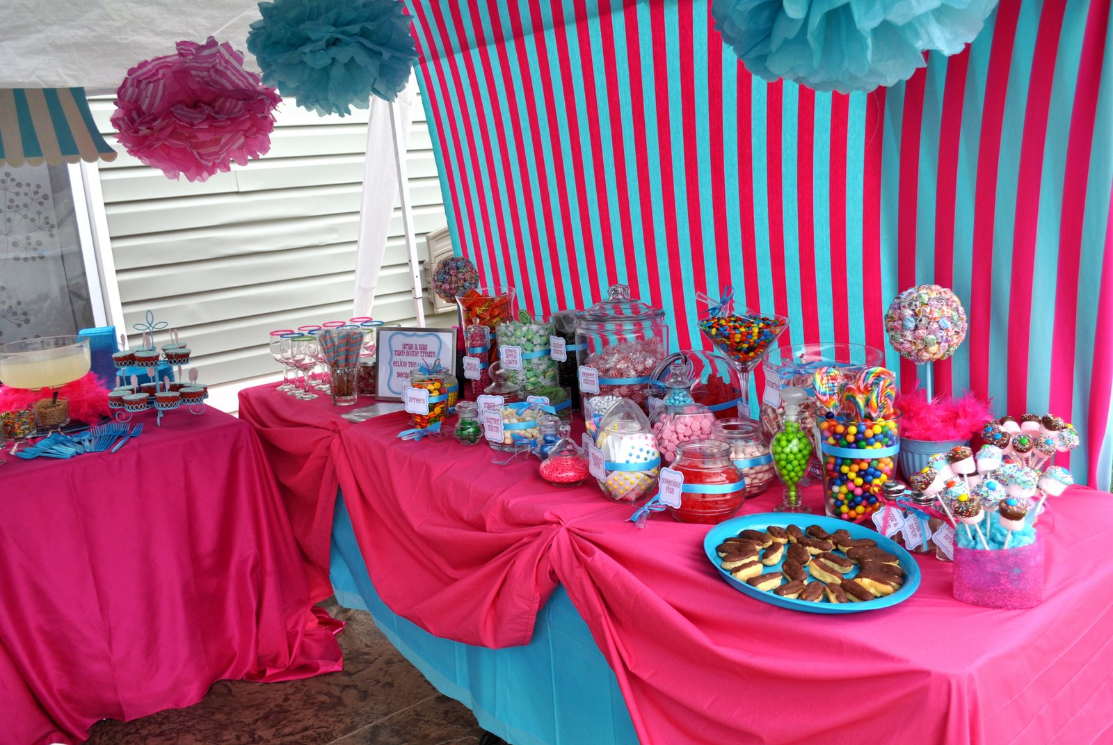 Are some ideas for how to make a candy buffet