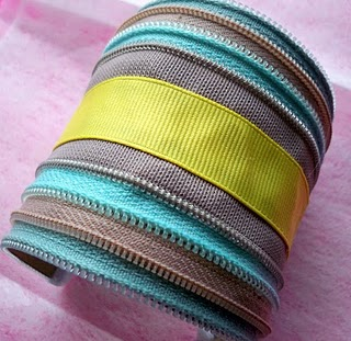 Craft Ideas Dollar Store Items on Dollar Store Crafts    Blog Archive Make A Zipper Cuff    Dollar