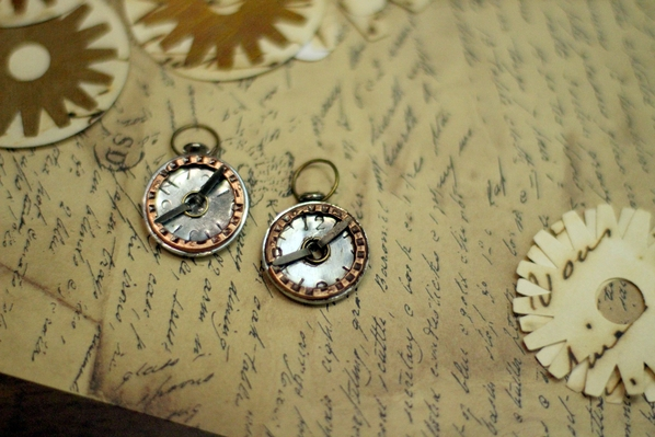 Make a steampunk pocketwatch pendant dollar store crafts i mozeypictures Gallery