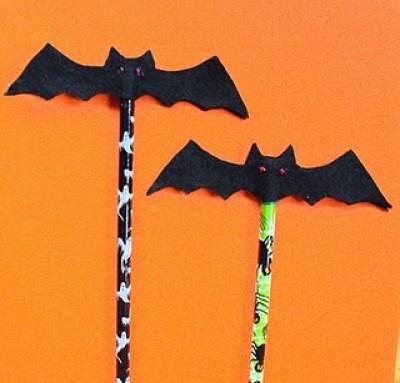Craft Ideas Halloween Kids on Pharaoh Mask   4 More Kids Crafts For Halloween    Dollar Store Crafts