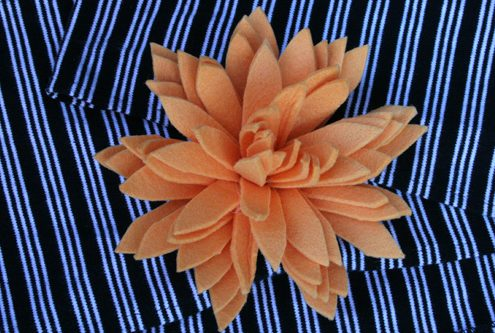 Oversize flower brooch