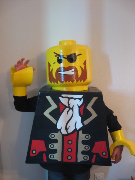Oct 30, · My son's Lego Guy costume for Halloween! To use this video in a commercial player, advertising or in broadcasts, please email Viral Spiral: contact@bnightf.ml