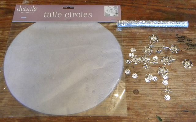 Tulle Circle Package