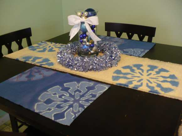 make a stenciled placemat set  u2013 dollar store crafts