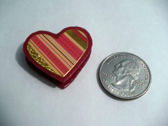 DOLLS HOUSE MINIATURE HEART SHAPED CHOCOLATE BOXES