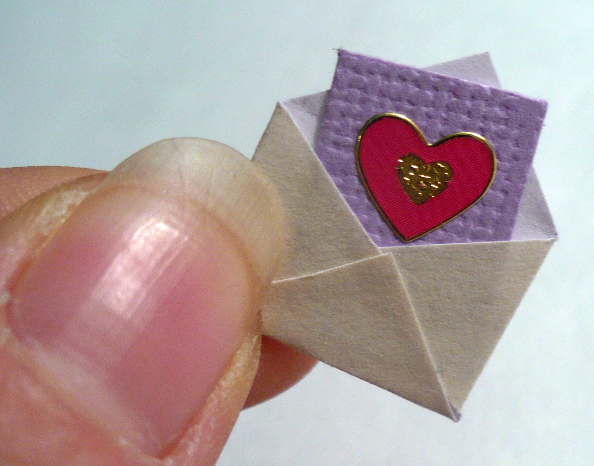 Make A Miniature Valentine Chocolate Box Dollar Store Crafts