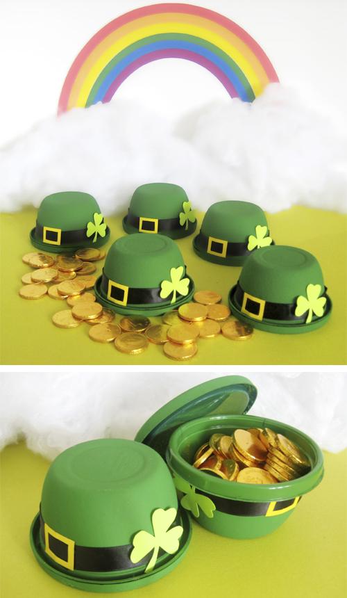 http://dollarstorecrafts.com/wp-content/uploads/2011/03/leprechaun-hat-favors.jpg
