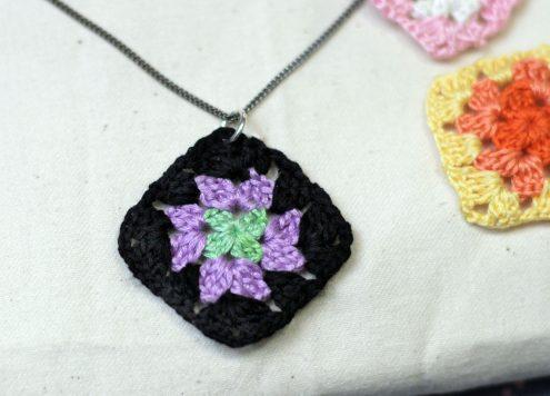 granny square necklace