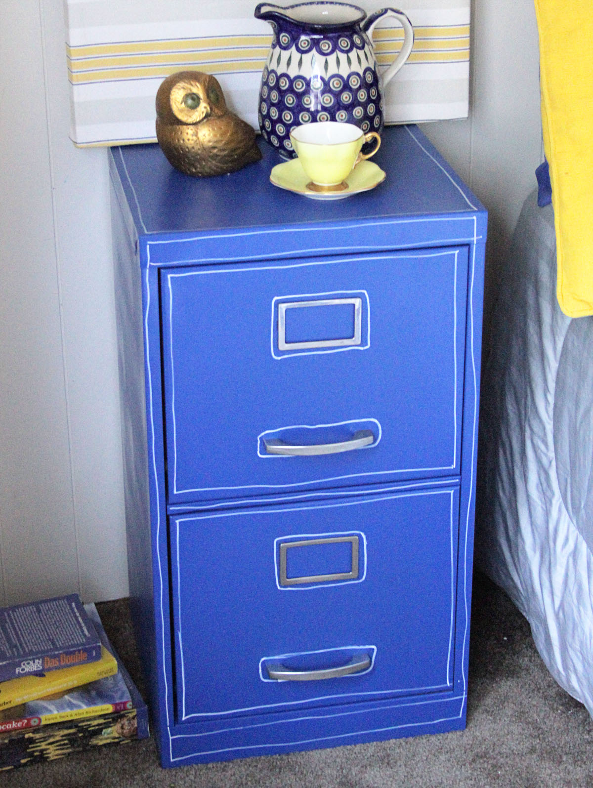 paint a file cabinet blue 5 revamp dollar store crafts