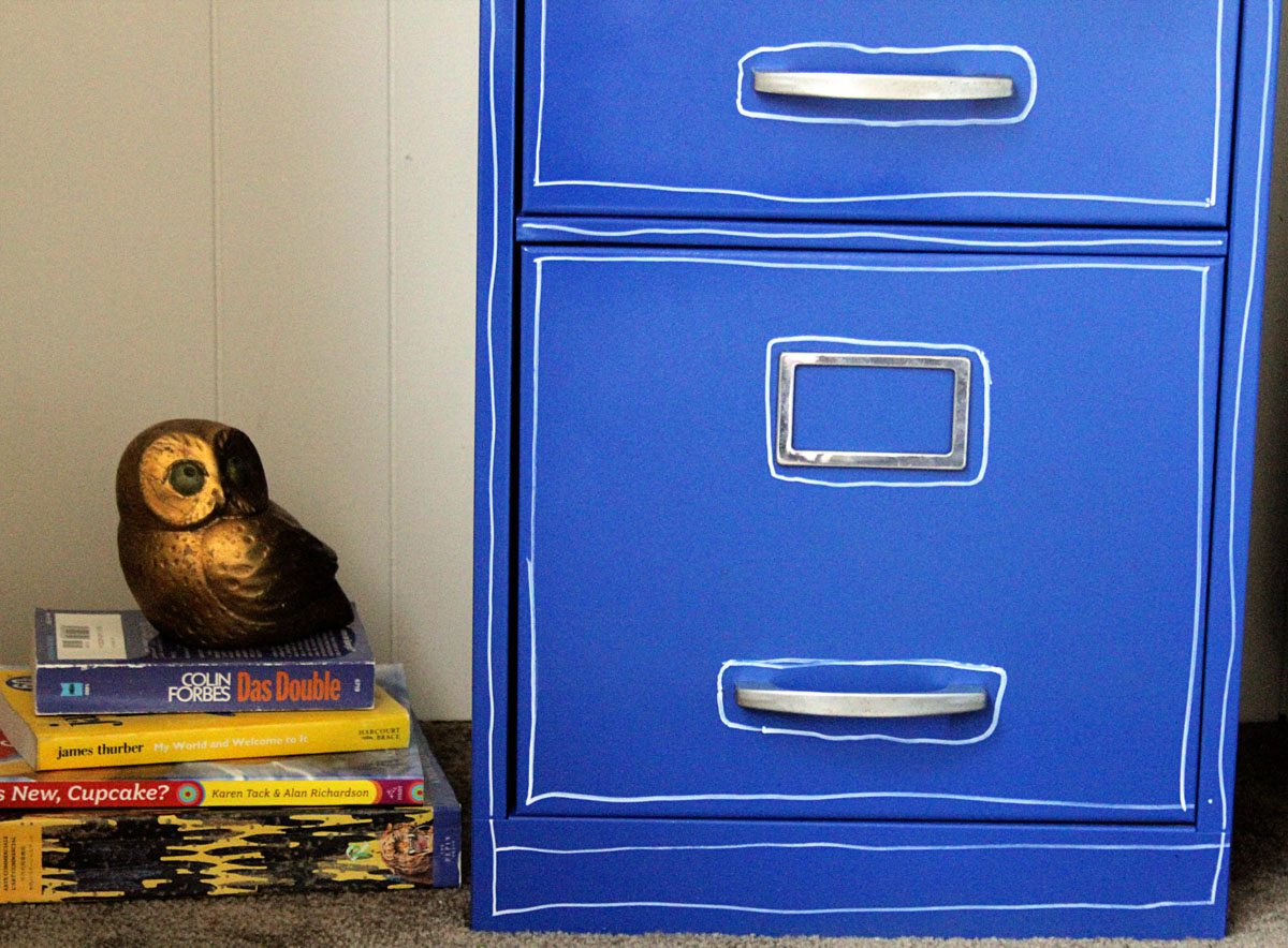 Paint a File Cabinet Blue: $5 Revamp – Dollar Store Crafts