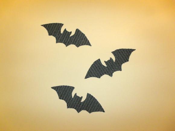 Wallboss Mail: Make Bat Wall Stickers