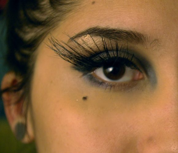 diy false eyelashes