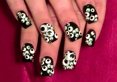 googly eye nails
