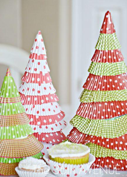 cupcake liner chrsitmas tree