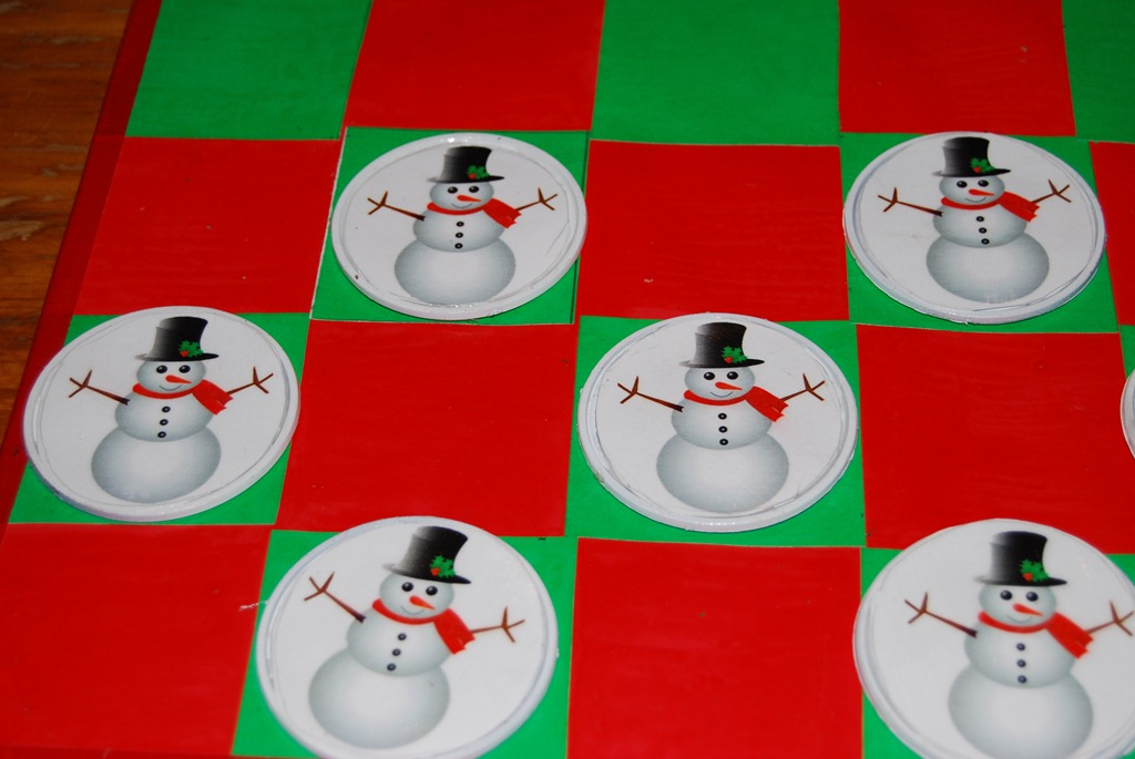Make a Christmas Game Board » Dollar Store Crafts