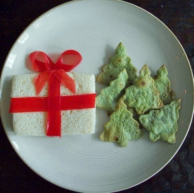 christmas gift sandwich