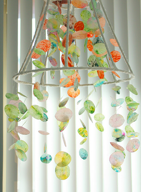 Make A Wax Paper And Crayon Chandelier 187 Dollar Store Crafts