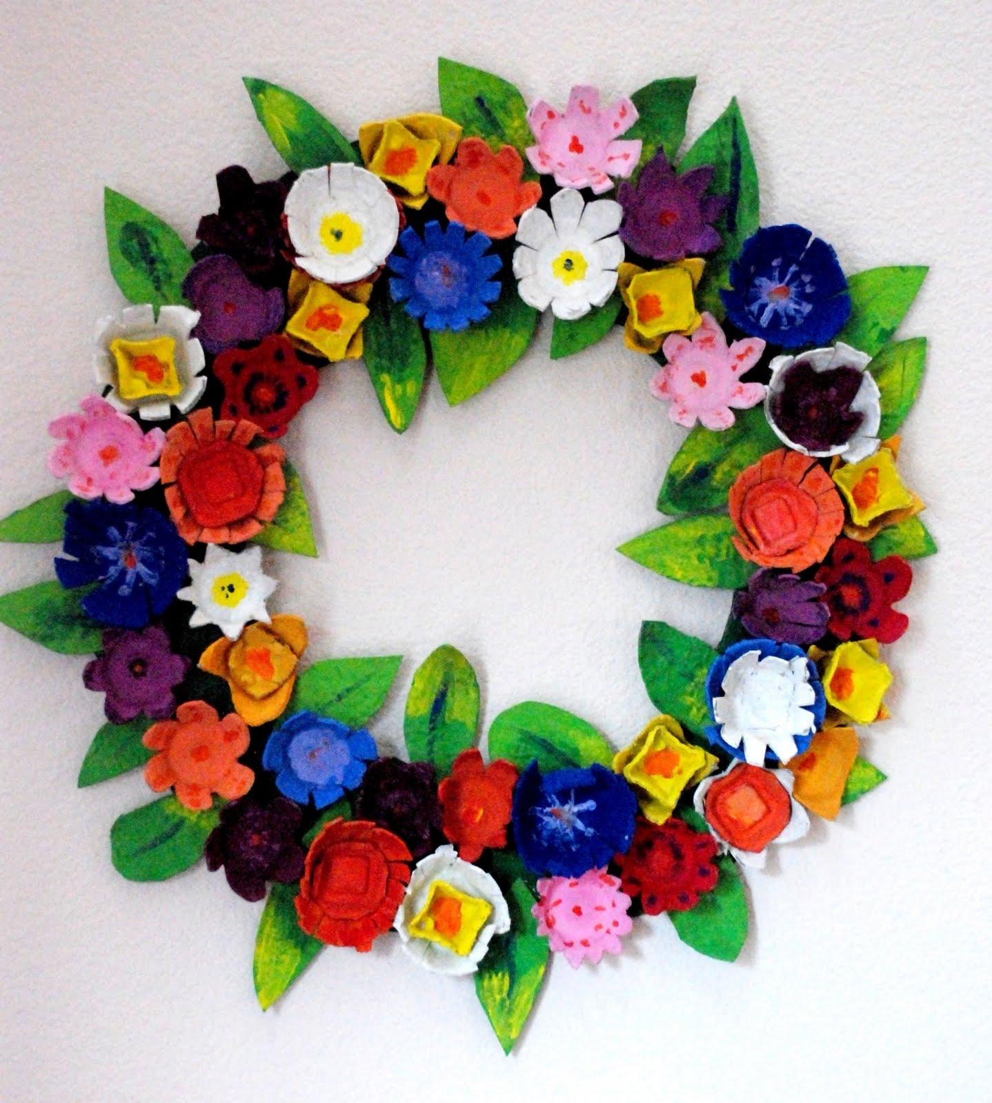 Craft Egg-Carton Wreath