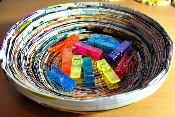 Preschool crafts for kids earth day recycled magazine for Cool recycling projects