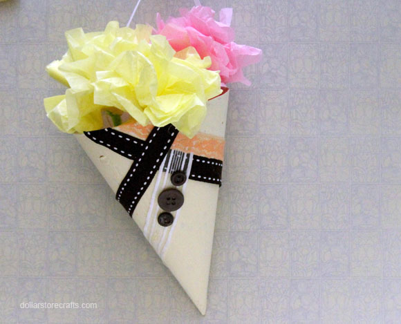 button ribbon flower cone