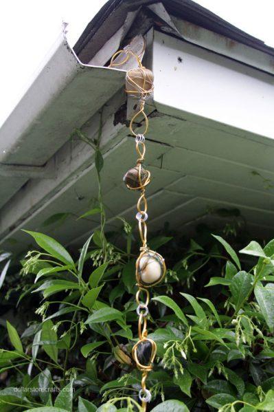 diy wire wrapped rock rain chain