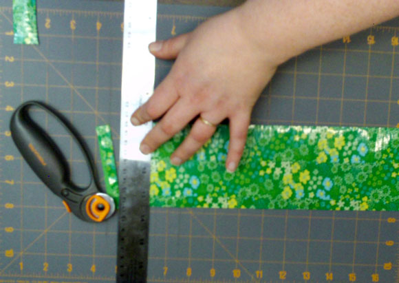 trimming duct tape phone case main piece