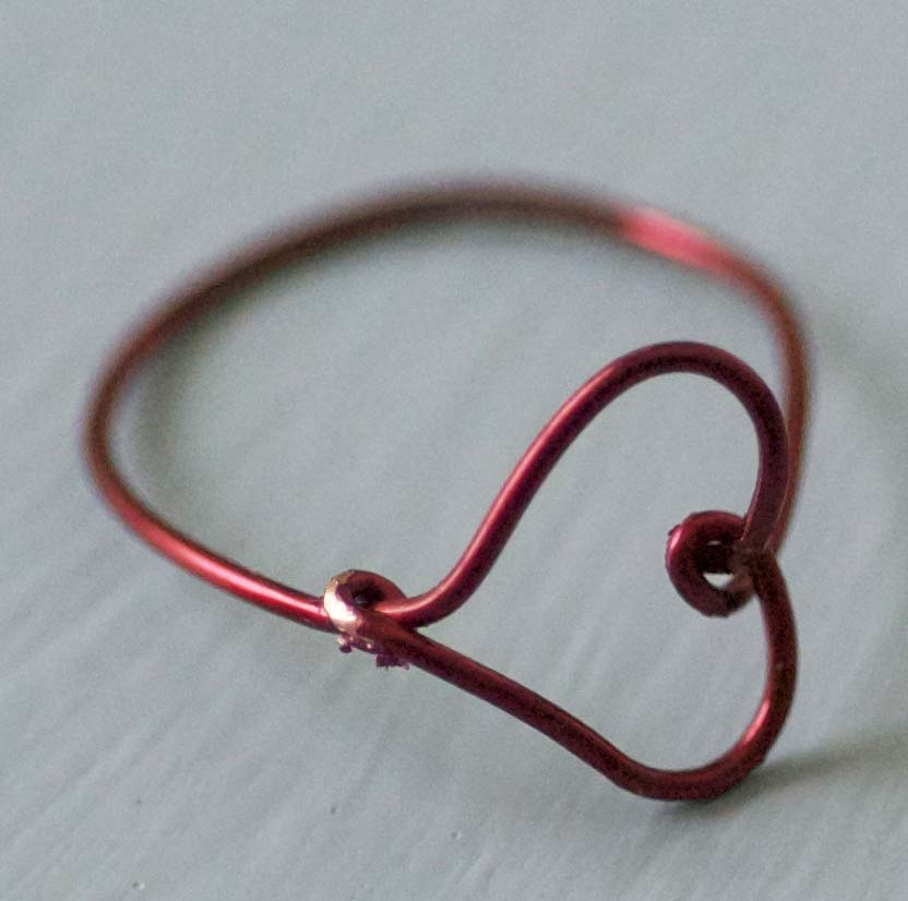 Make a Wire Heart Ring » Dollar Store Crafts