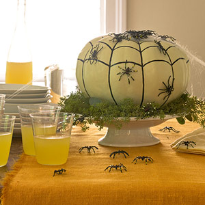 spider pumpkin centerpiece