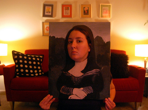 Mona Lisa Halloween Costume (via dollarstorecrafts.com)