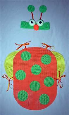 Placemat Bug Costume (via dollarstorecrafts.com)
