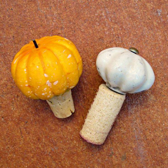 Tutorial: Decorative Cork Bottle Stopper (via dollarstorecrafts.com)