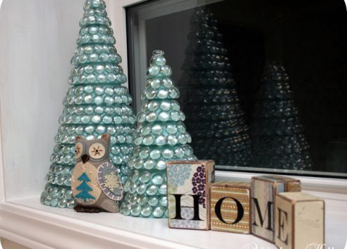Make Glass Mosaic Christmas Trees (via dollarstorecrafts.com)