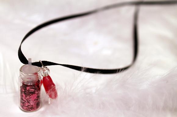 pixie dust glitter necklace