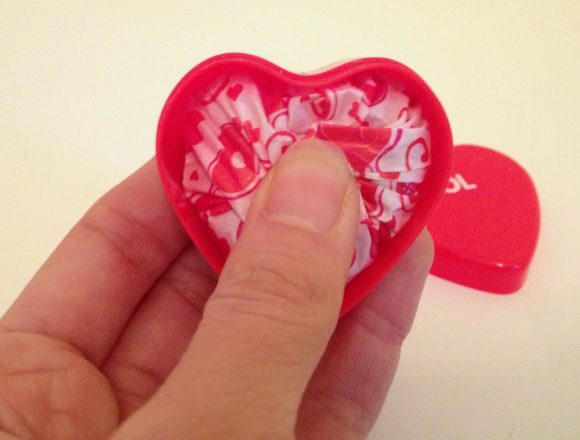 Tutorial:  Classy Valentine Candy Favors