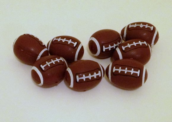 Tutorial:  Football party favors