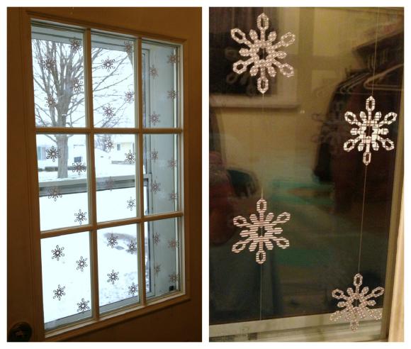 Tutorial: Recycled Snowflake Window Garland