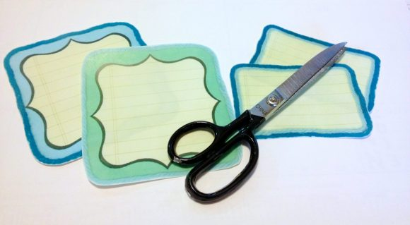 Free Printable: Yarn-Trimmed Scrapbook Journaling Tags