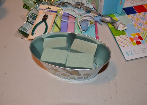 Tutorial: Punched tissue paper floral arrangement