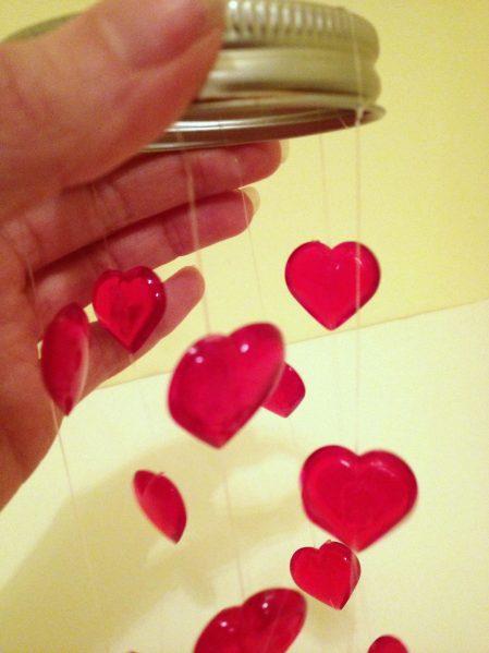 Tutorial: Valentine's Day Mini Mobile