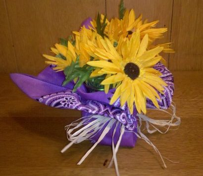 Make Bandana Floral Centerpieces