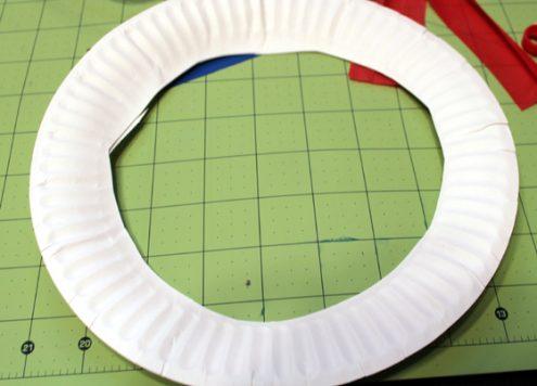 cut a circle in a paper plate