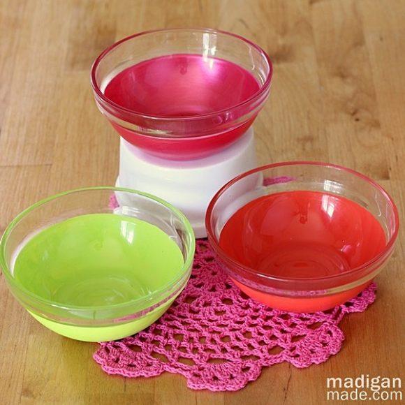 Make Vintage-Inspired Painted Bowls