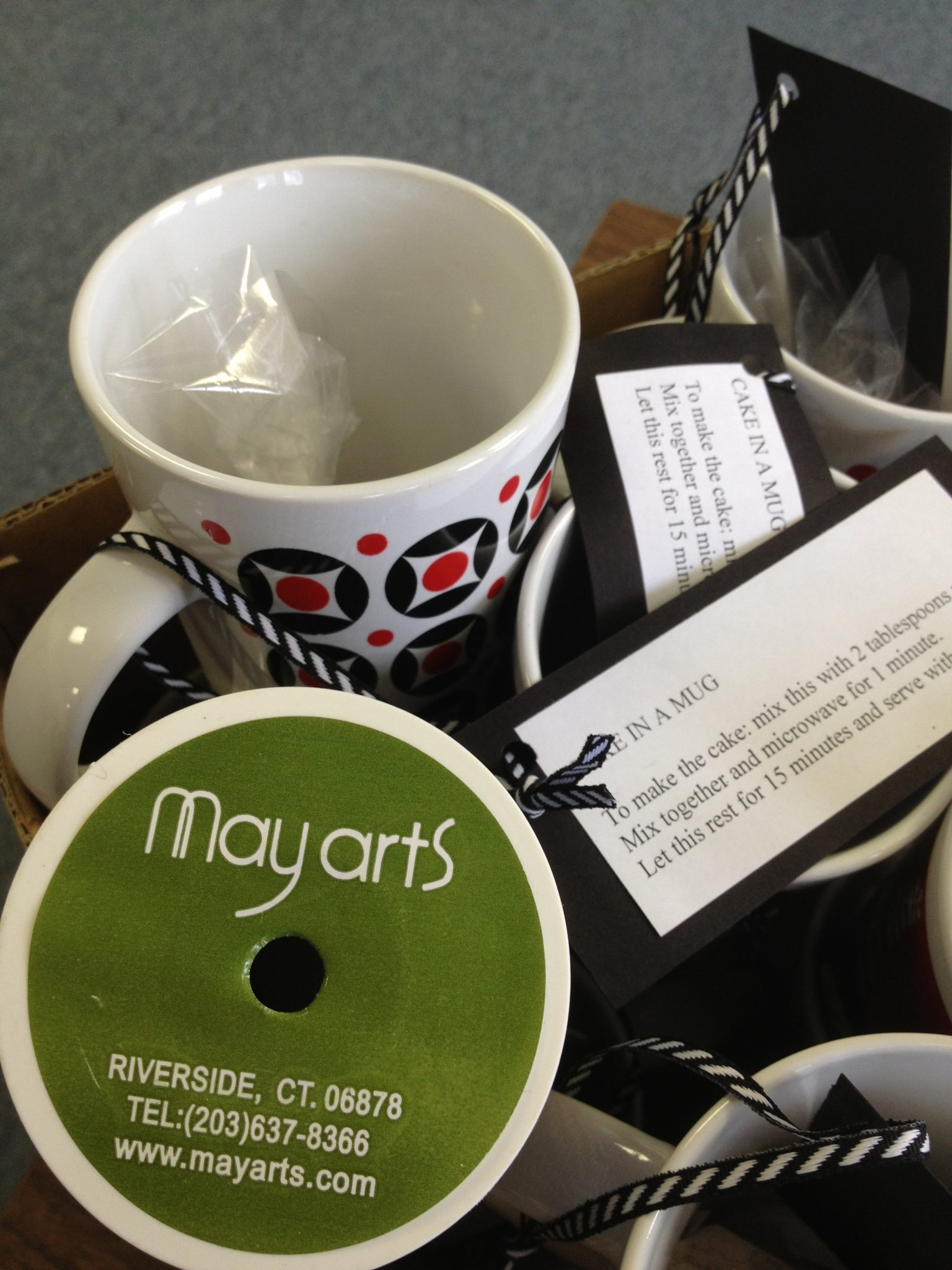 Tutorial: Teacher Gift: Cake In A Mug » Dollar Store Crafts