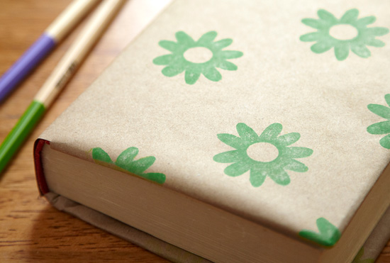 how to make your own book covers - protect your textbooks