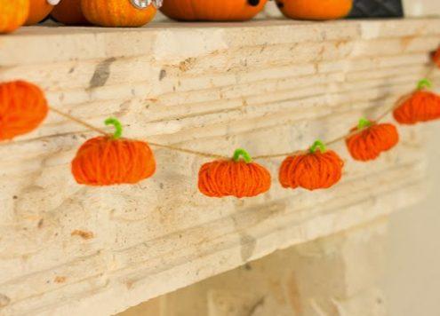 Make a Yarn Pumpkin Garland
