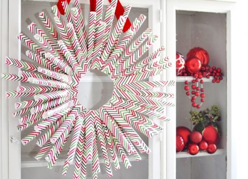 Make a Wrapping Paper Wreath